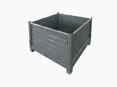 灰色钢板箱