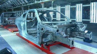 金属周转箱对于汽车零部件出口的包装需要注意点